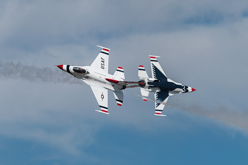 The U.S.A.F. Thunderbirds perform the opposing knife-edge pass during the West Star Aviation Airshow in Grand Junction, October...