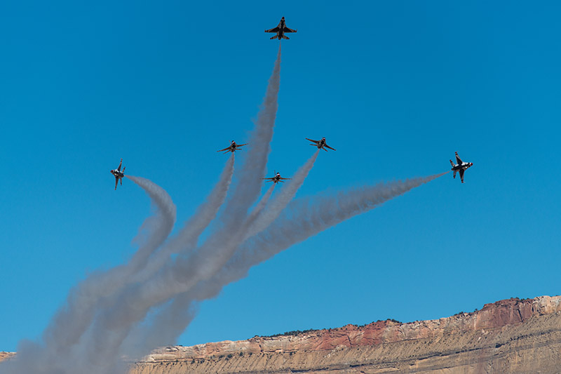 The U.S.A.F. Thunderbirds perform the delta burst at theWest Star Aviation Airshow in Grand Junction, October 2015.