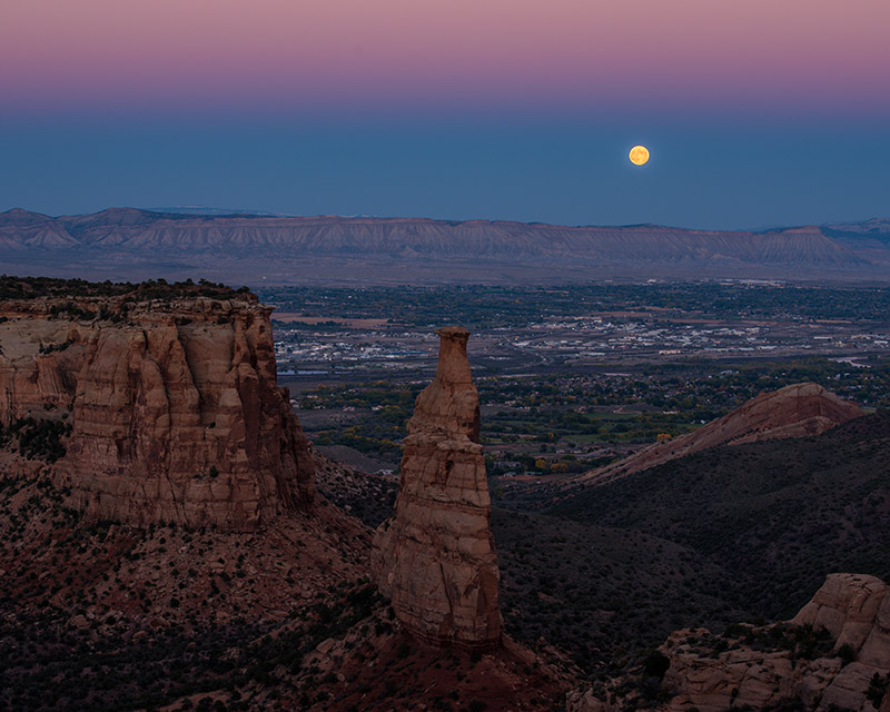 moon, full moon, Colorado National Monument, Independence Monument