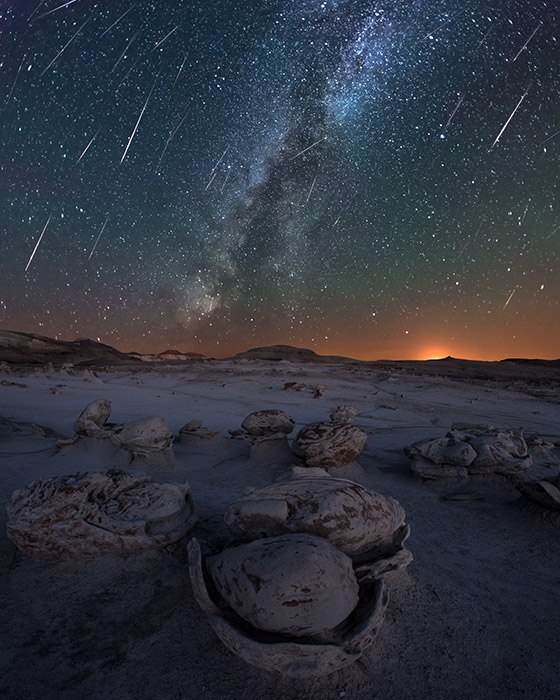 The second meteor-shower sequence (here is the first sequence) I photographed in the Bisti/De-Na-Zin Wilderness during the height...